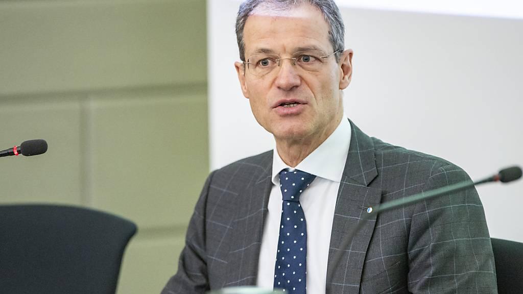 Der Luzerner Finanzdirektor Reto Wyss (Mitte) ist kein Freund von Spezialkässeli. (Archivaufnahme)