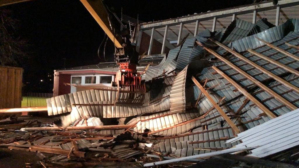 Sturm «Bianca» deckt Dach ab