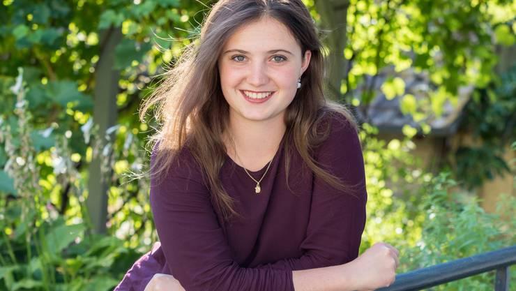 Julia Schneider ist die Tochter der Baselbieter CVP-Nationalrätin Elisabeth Schneider-Schneider.