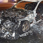 Das Fahrzeug des Klägers brannte vollständig aus.