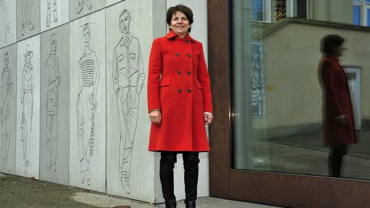24 Jahre lang betrieb sie für die Stadt Aarau Politik, zuletzt vier Jahre lang ganz zuvorderst als Stadtpräsidentin: Jolanda Urech (64) vor der Fassade des Stadtmuseum-Neubaus.