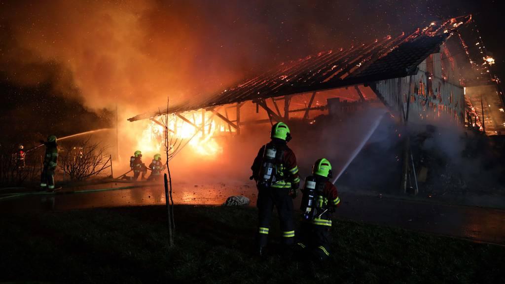 Scheune in Menzingen ZG abgebrannt