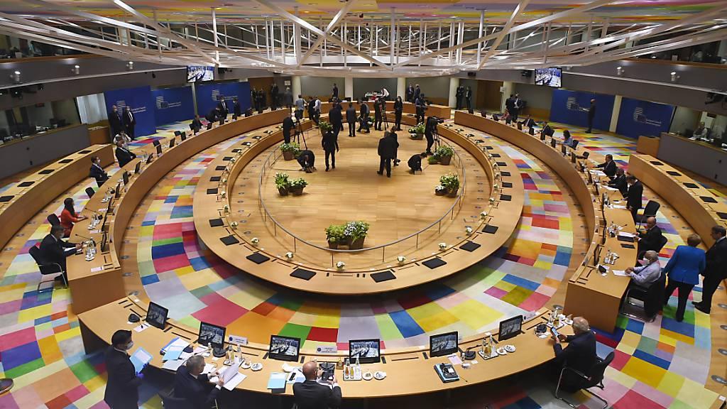 Die EU-Staats- und Regierungschefs ringen seit Tagen in Brüssel um eine Einigung in wichtigen Finanzfragen.