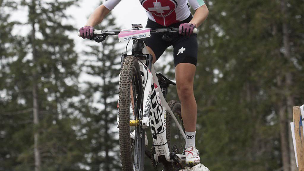 Sina Frei mischt in ihrem zweiten Eliterennen bereits an der Spitze mit. (Archivbild)