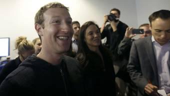 """Verspricht die """"beste personalisierte Zeitung der Welt"""": Facebook-Gründer Mark Zuckerberg."""