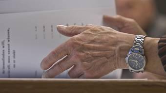 Nichts mit Beine hochlegen: Rund 27 Prozent der über 50-Jährigen möchten über das Rentenalter hinaus weiterarbeiten. (Symbolbild)