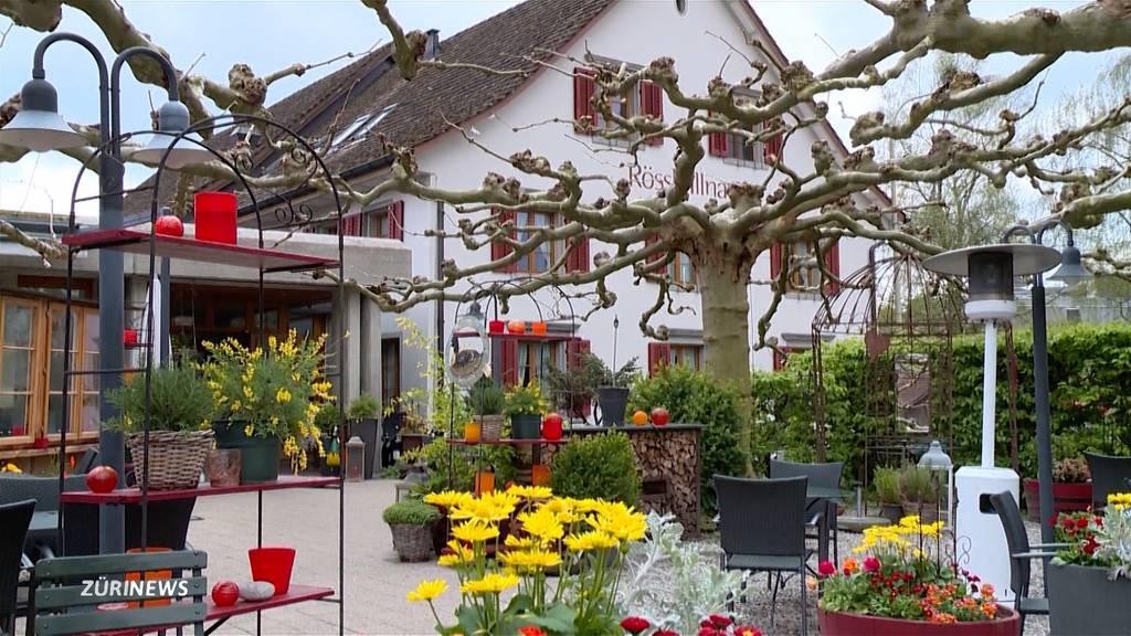 Restaurant-Terrassen: Wechselwetter erschwert Personalplanung und Einkauf