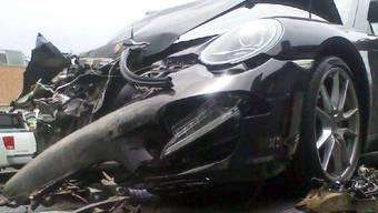 Lohans Porsche wurde an der Front eingedellt