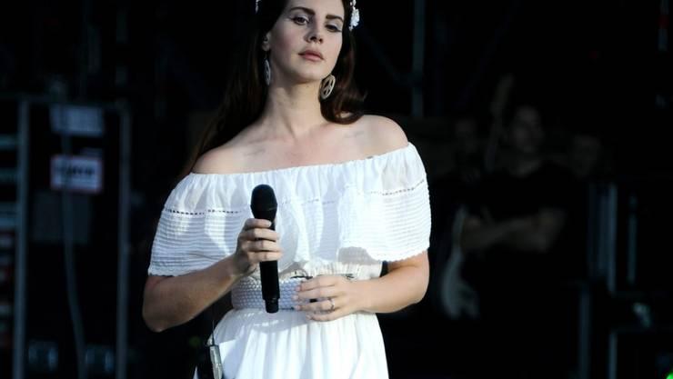 """US-Sängerin Lana Del Rey veröffentlicht mit """"Norman Fucking Rockwell"""" ihr sechstes Studioalbum."""