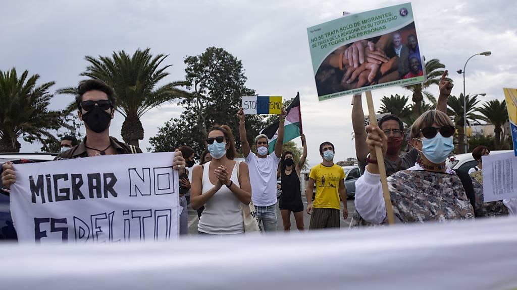 Demonstration auf den Kanaren für die Rechte von Immigranten