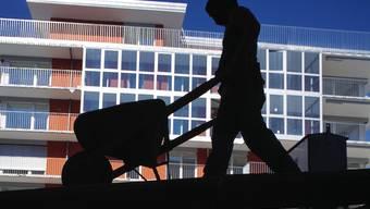 Die Kantonspolizei Zürich nahm an Montag fünf Schwarzarbeiter fest. (Symbolbild)