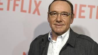 Netflix zieht den Stecker: Die Firma trennt sich von dem Schauspieler Kevin Spacey, da immer mehr Vorwürfe wegen sexueller Belästigung gegen ihn auftauchen. (Archivbild)