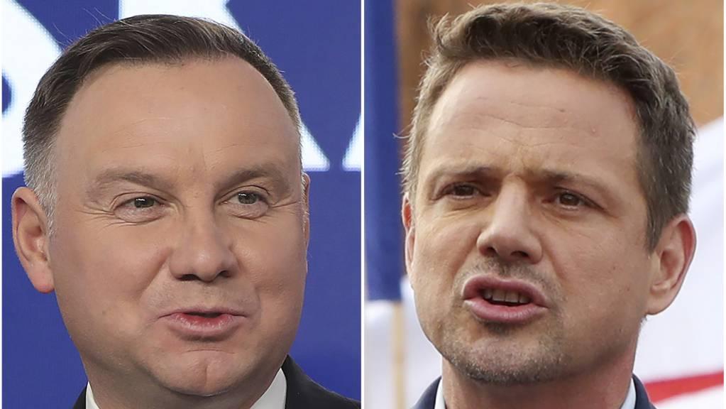 Die beiden Kandidaten bei den Präsidentschaftswahlen in Polen, Andrzej Duda (L) und Rafal Trzaskowski (R) liefern sich laut Umfragen ein Kopf-an-Kopf-Rennen. Die Wahl findet am 13. Juli statt. (Foto: AP/KEYSTONE-SDA)