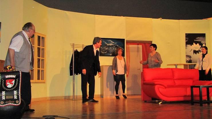 Die Theatergruppe Welschenrohr führte das Lustspiel «En fatale Liebesbrief» auf.