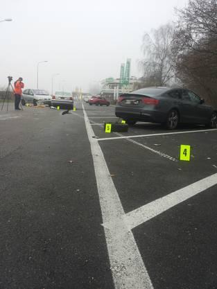 Eine Person wurde schwer verletzt, zwei Weitere leicht.