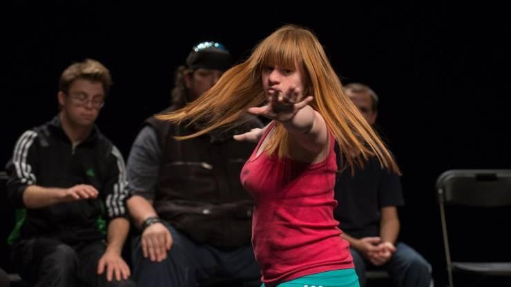 Am Theather Hora in Luzern treten auch Künstlerinnen mit geistiger Behinderung auf.