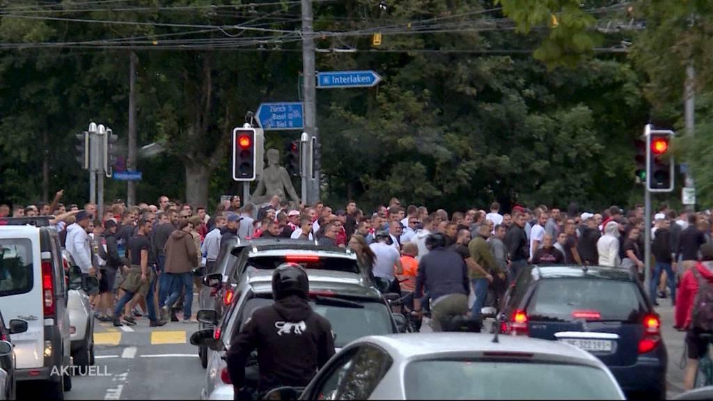 Fanmarsch in Bern: Warnschüsse bei Polizeieinsatz
