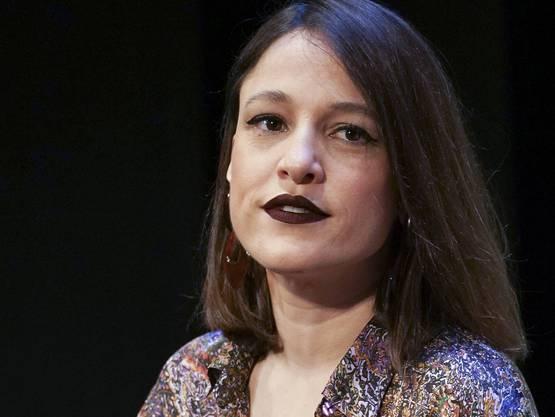 Carminho (35) erinnert wie keine andere an Amália Rodrigues. Sie singt sehr expressiv und emotional. Relativ traditionell.