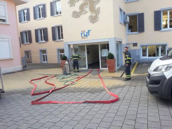 Die Feuerwehr pumpte den Löwenkeller aus.