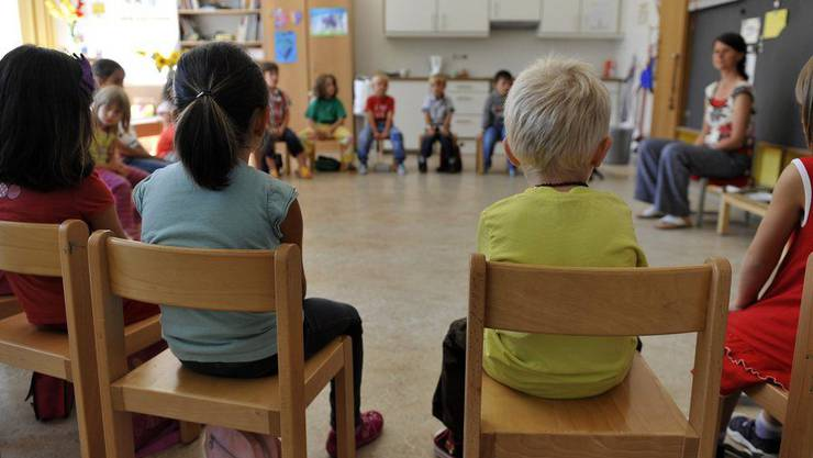 Viel mehr Kinder besuchen in diesem Schuljahr die Kindergärten der beiden Basel. (Symbolbild)