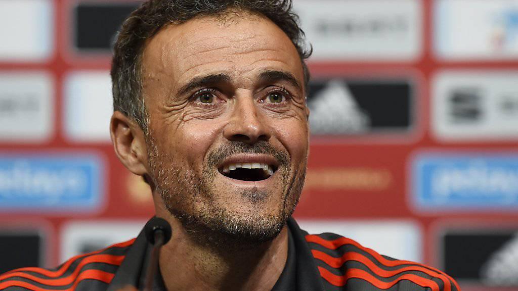 Spaniens neuer Nationaltrainer Luis Enrique hat nach dem Sieg in England gut lachen