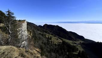 Nebelmeer unter dem Grenchenberg – in den kommenden Wochen gilt wieder vermehrt «oben blau, unten grau».