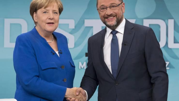 Umfrage: Immer mehr Deutsche würden für eine grosse Koalition unter der Führung von Angela Merkel und Martin Schulz stimmen, falls am kommenden Sonntag eine Bundestagswahl wäre.