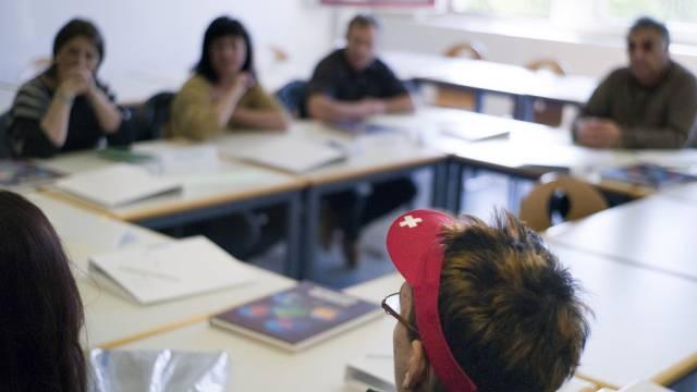 Teilnehmer an Staatskundekurs für Einbürgerungswillige (Archiv)