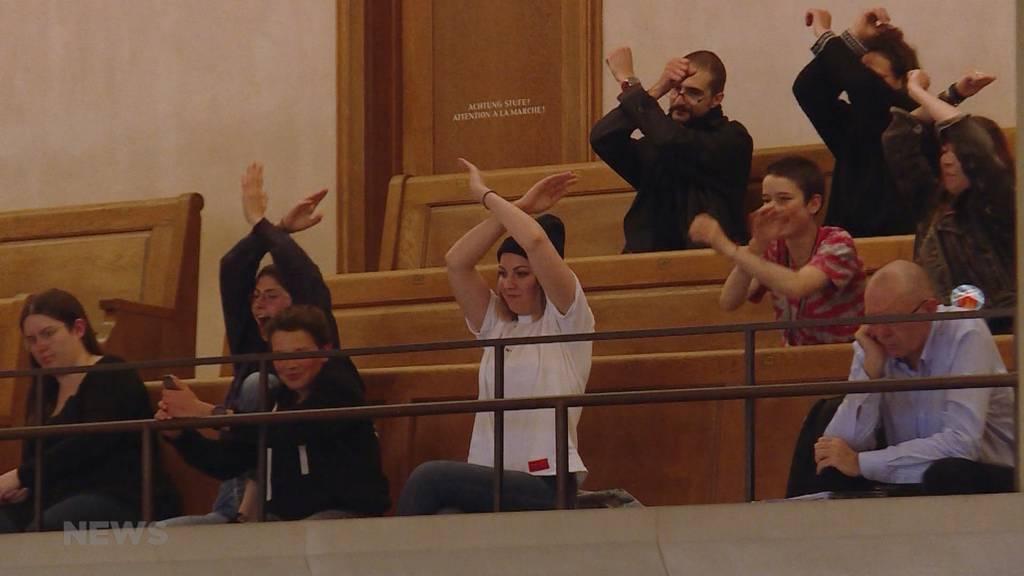 Klimadebatte stösst auf hitzigen Widerstand im Rathaus
