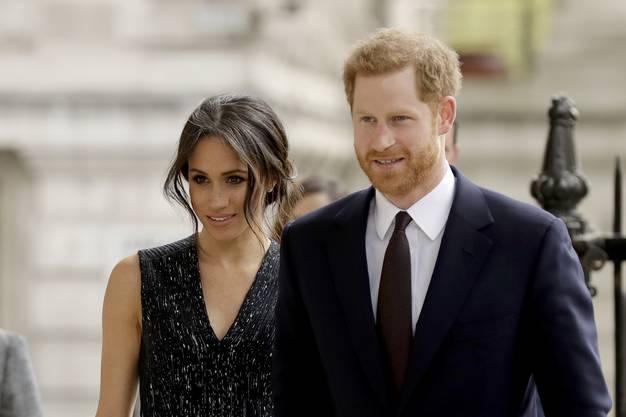 Berühmt ist Markle mittlerweile auch aus einem anderen Grund: Sie ist die Verlobte von Prinz Harry.