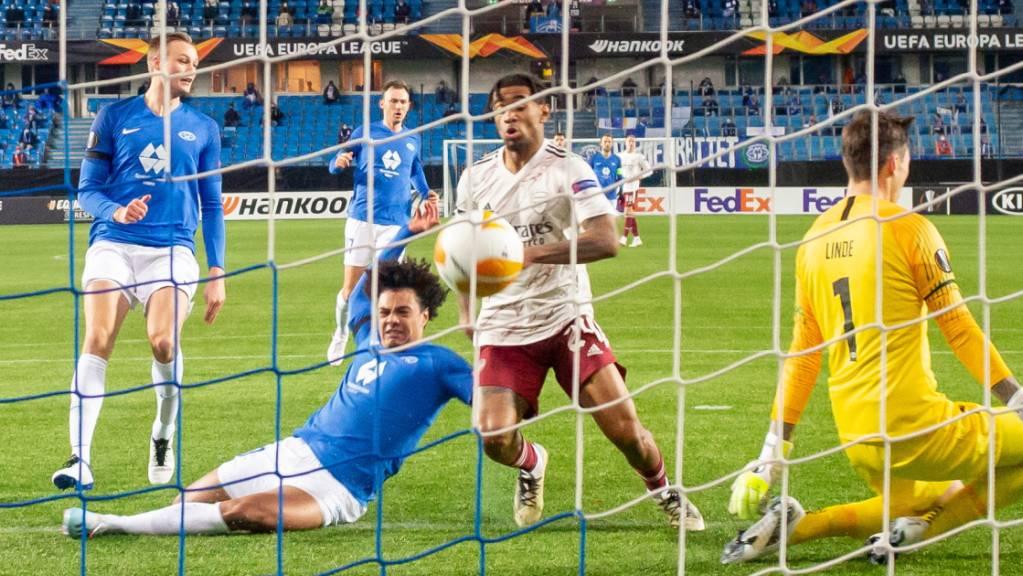 Arsenals Reiss Nelson (Mitte) erzielt hier das 2:0 gegen Molde.