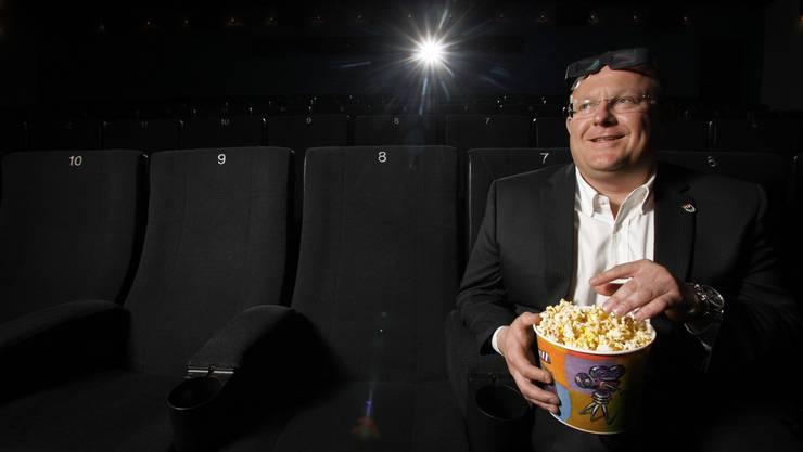 Kinobetreiber Rolf Portmann in seinem Kinocenter Ideal in Aarau