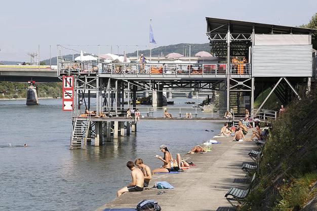 Hoffentlich haben sie sich beim letzten Rheinbad in der Breite keinen Sonnenbrand geholt.