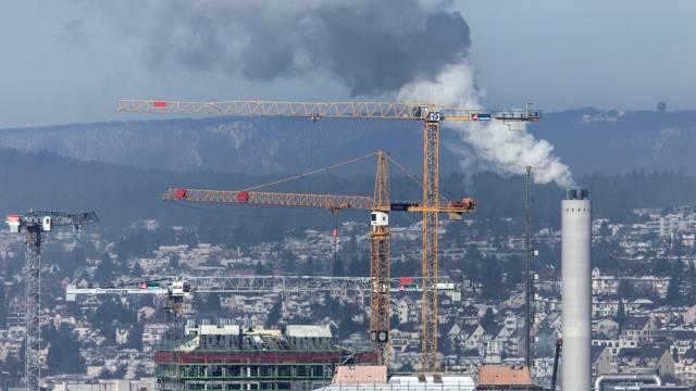 Die Schweiz soll Treibhausgase weiterhin reduzieren (Symbolbild)