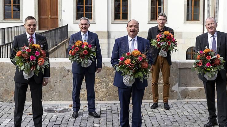 Gruppenbild ohne Frau: Der Aargauer Regierungsrat mit Jean-Perre Gallatti (SVP), Alex Hürzeler (SVP) Markus Dieth (CVP), Dieter Egli (SP,neu) und Stephan Attiger, FDP (von links)