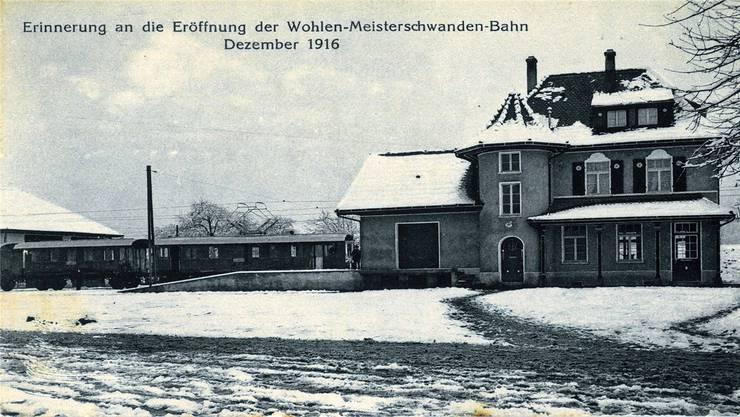 Ansichtskarte mit dem Bahnhof Fahrwangen im Jahr 1916.