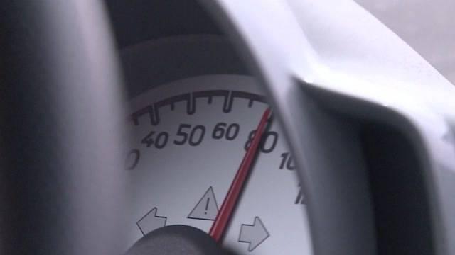 Bald mit 80 Sachen auf der Autobahn?