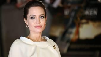 Die Operation dürfte bei der Schauspielerin den Hormonhaushalt stark beeinflussen. Deshalb muss sie fortan Medikamente nehmen.