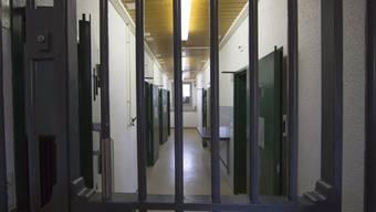 Der Auftragsmörder muss 15 Jahre ins Gefängnis, wird aber nicht verwahrt (Symbolbild).