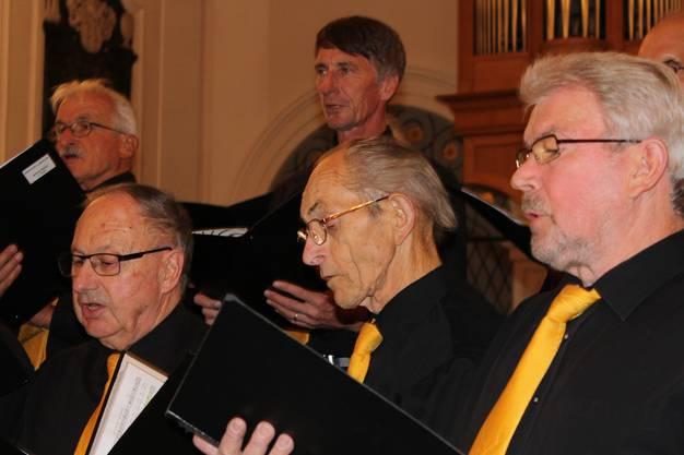 Der Chor Schenkenbergertal und der Männerchor Bözen treten gemeinsam auf