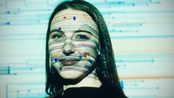 Trägt mit Datenvisualisierung zum Kampf gegen Covid-19 bei: Emma Hodcroft.