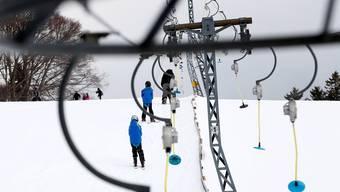 Pisten und Lifte auf den Solothurner Hausbergen sind bereit für die Wintersportler.