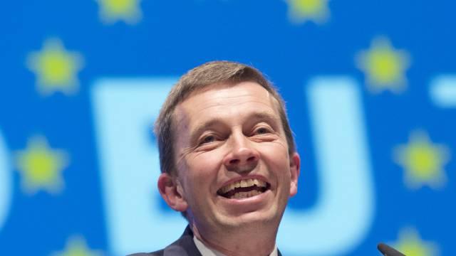 Gegen den rechten Flügel seiner Partei: Bernd Lucke (Archiv)