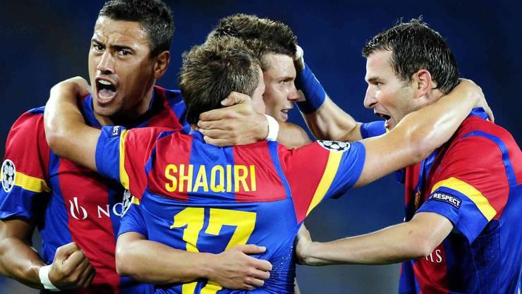 Shaqiri und Co. freuen sich. Mit einem Gesamtskore von 4:0 qualifizieren sich die Bebbi problemlos für die Champions League.