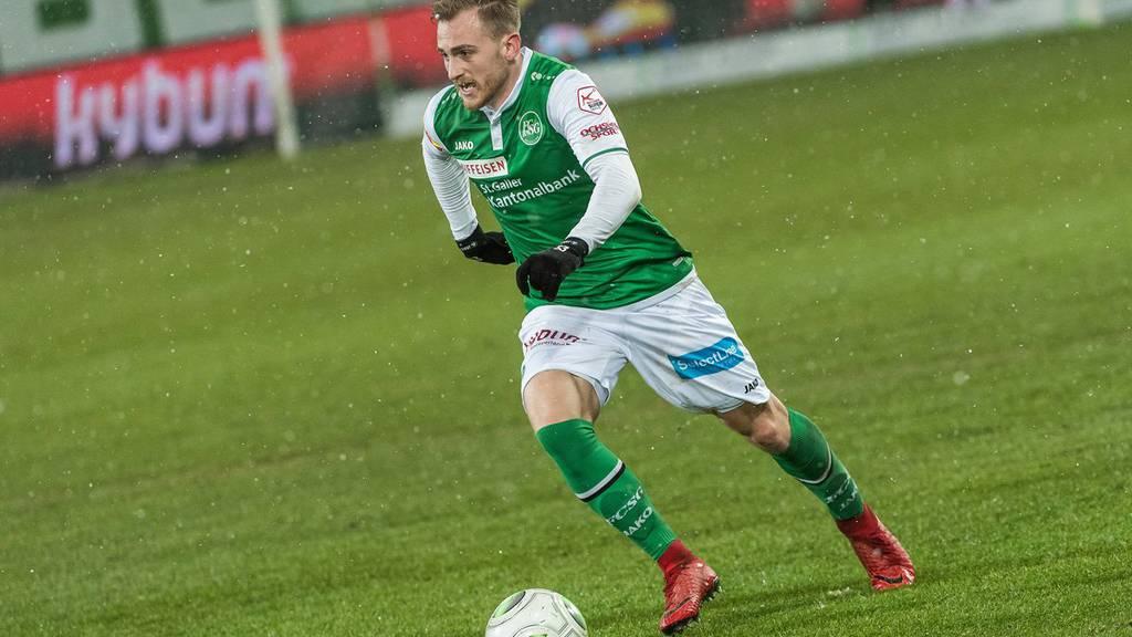 Der 21-jährige Gönitzer bleibt dem FC St.Gallen bis 2020 erhalten.