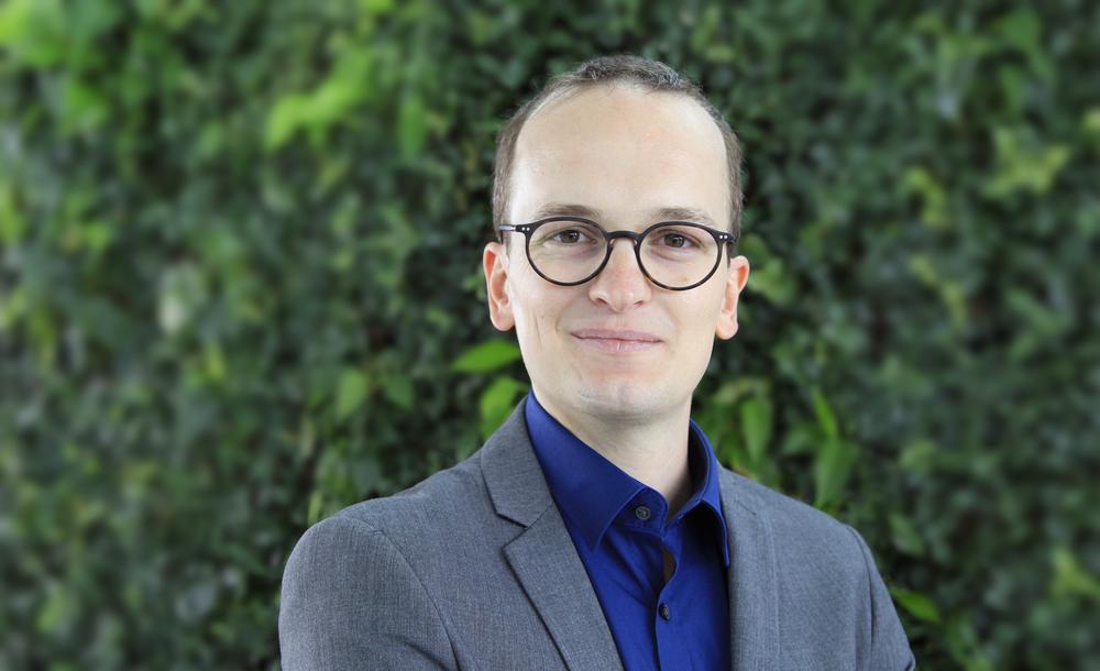 Martin Neukom (Grüne) – Der 32-jährige Ingenieur ist die grosse Überraschung! Man sagte ihm eher geringe Wahlchancen voraus. Trotzdem setzte er sich vor Rickli und Vogel durch. (© zvg)