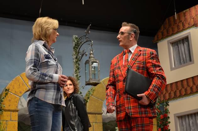 Heidi trifft auf Tierpsychologe Knöpfli.