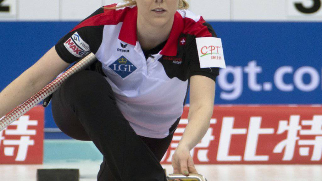 Nadine Lehmann, auf der 3. Position des Schweizer Teams spielend