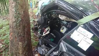 Das Auto nach dem Unfall