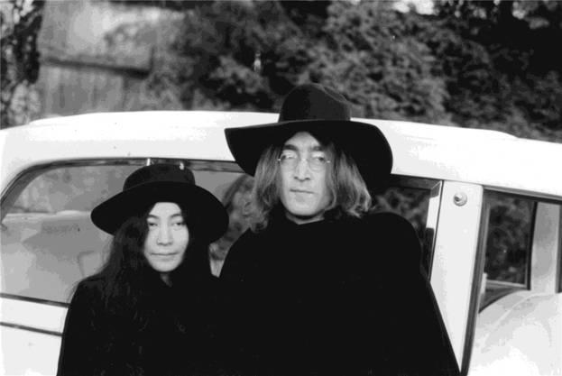 John Lennon, † 40, Überflieger: Der inoffizielle Frontman der Beatles hat kurz vor seinem 30. Geburtstag die Band verlassen und seine Solo-Karriere lanciert. Bis dahin hatte er mit den «Pilzköpfen» längst Musikgeschichte geschrieben.